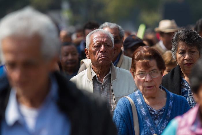 Pide PRI a AMLO reconsiderar al incremento de la edad para recibir pensión