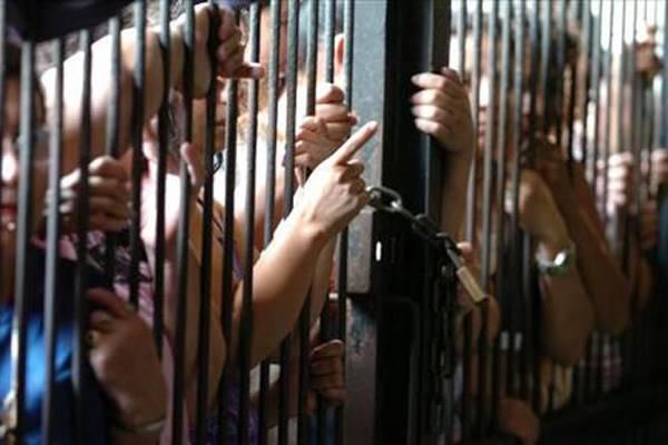 Piden alza de salario para personal de cárceles
