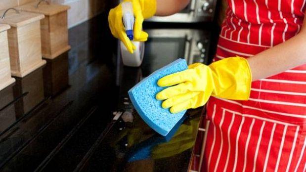 Piden dar  prestaciones a empleados domésticos