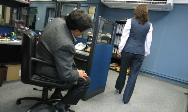 Piden freno a hostigamiento sexual en el trabajo