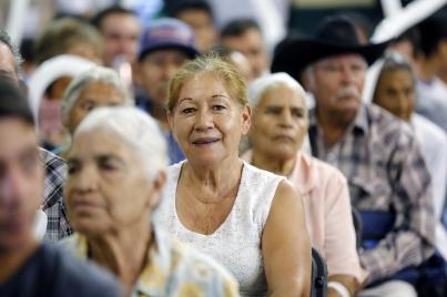 Piden simplificar acceso de adultos mayores a recursos de pensiones