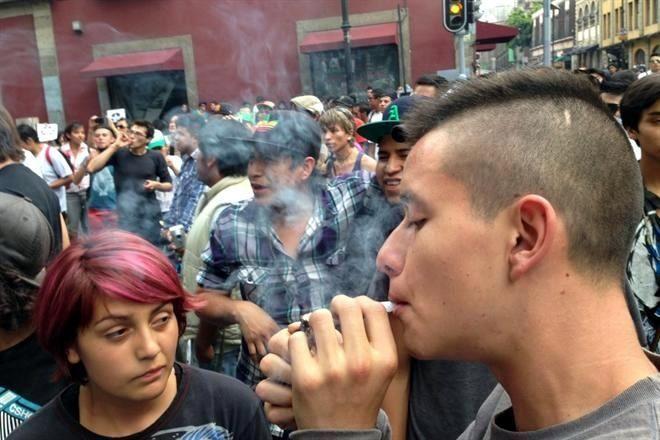 Planea CDMX no castigar uso de mariguana