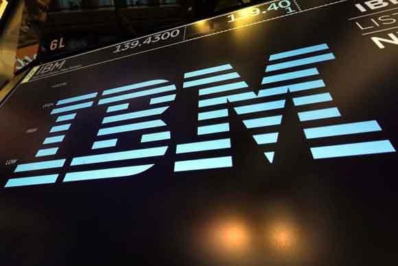 Planea IBM recorte de 10 mil empleos en Europa