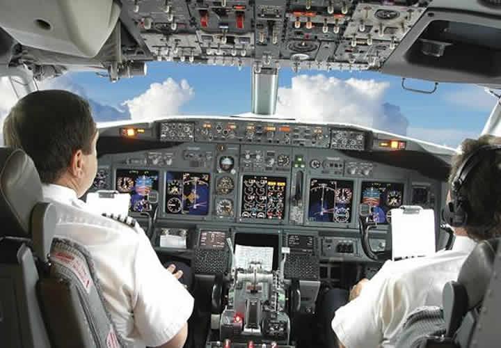 Plantean a UAM carrera de piloto aviado