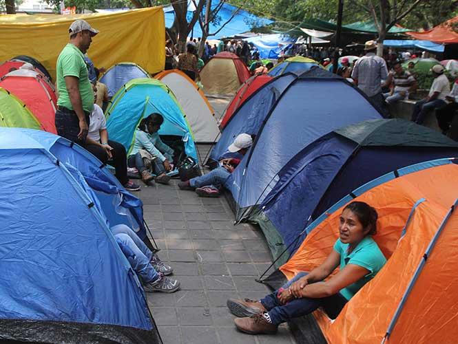 Plantón magisterial cumple una semana en el zócalo de Oaxaca