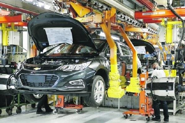 Por Covid-19, tres años perdidos en el sector automotor: IHS