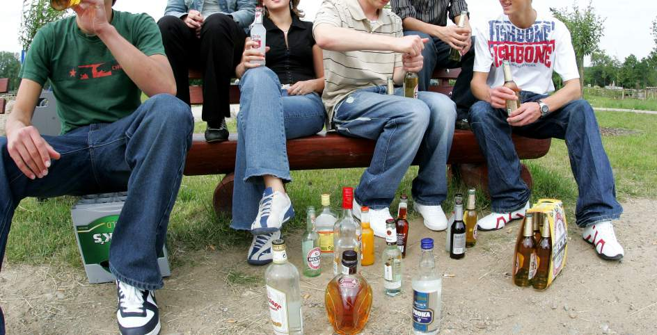 Preocupa a la UNAM consumo de alcohol entre sus estudiantes