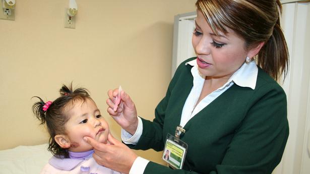 Prepara IMSS Semana de Vacunación