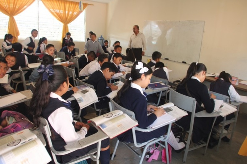Presupuesto suficiente para educación: SNTE
