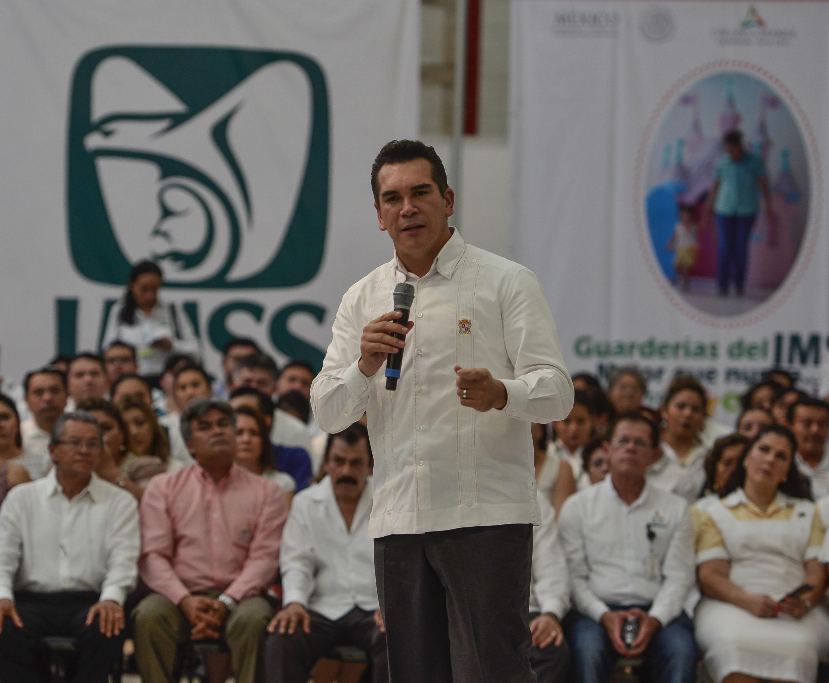 Proponen fortalecer servicios de salud en Campeche