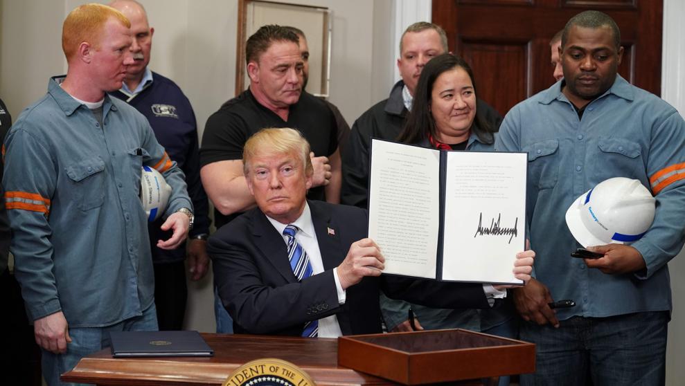 Proteccionismo de Trump pone en riesgo 2.6 millones de empleos en EU