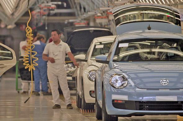 ¿Qué sindicato ha conseguido más para los trabajadores de la industria automotriz?