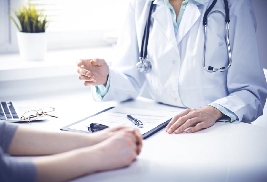 Reducir déficit de médicos del trabajo, otro desafío de la crisis de Covid-19