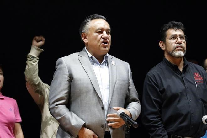 Reeligen a Esparza como dirigente del SME