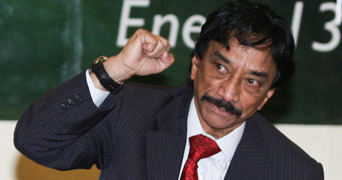 Reeligen a Víctor Flores como líder ferrocarrilero, va por 29 años en el cargo