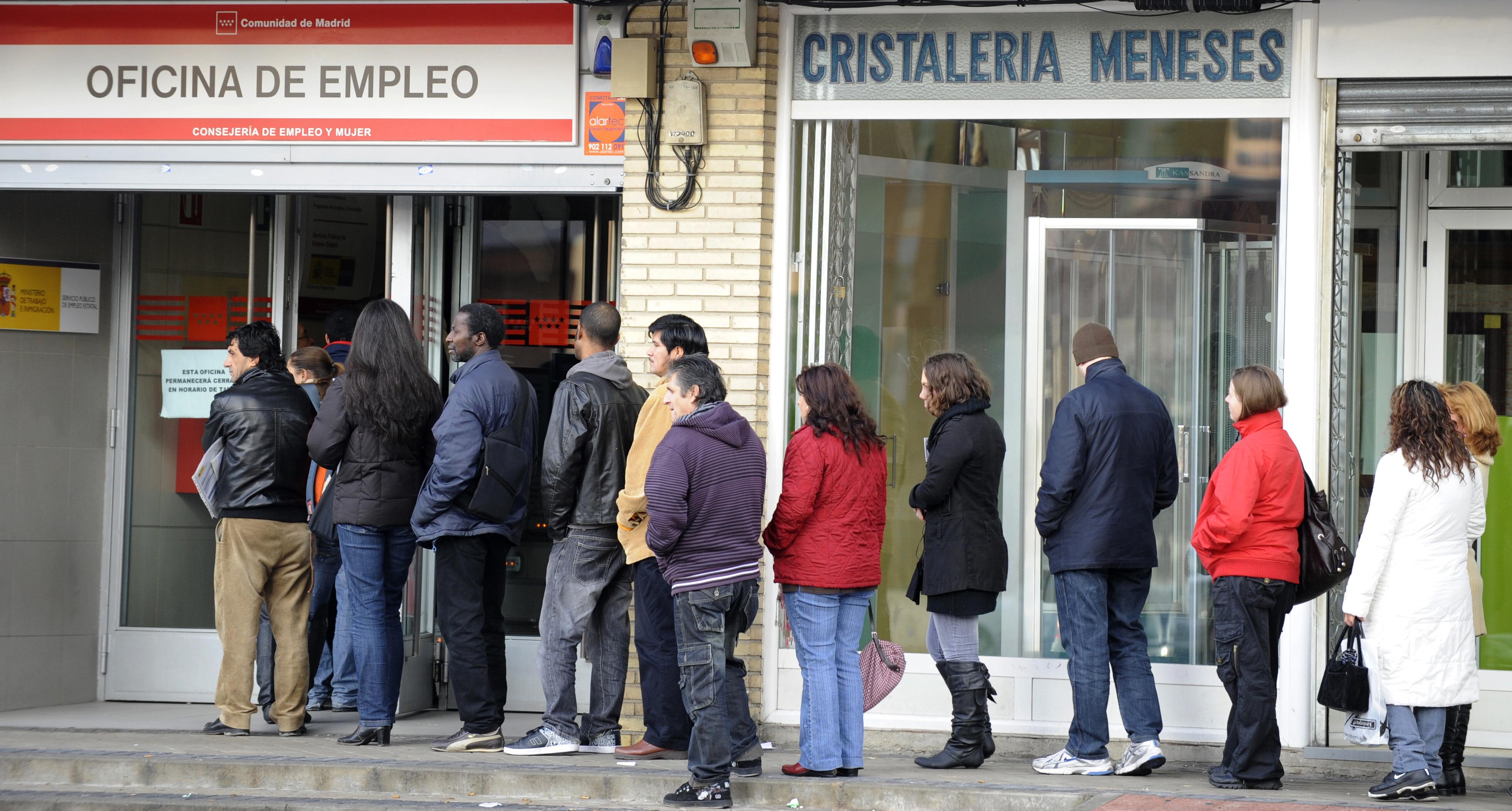 Registra desempleo ligera baja en marzo