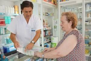 Reprueban dispensadores de farmacias