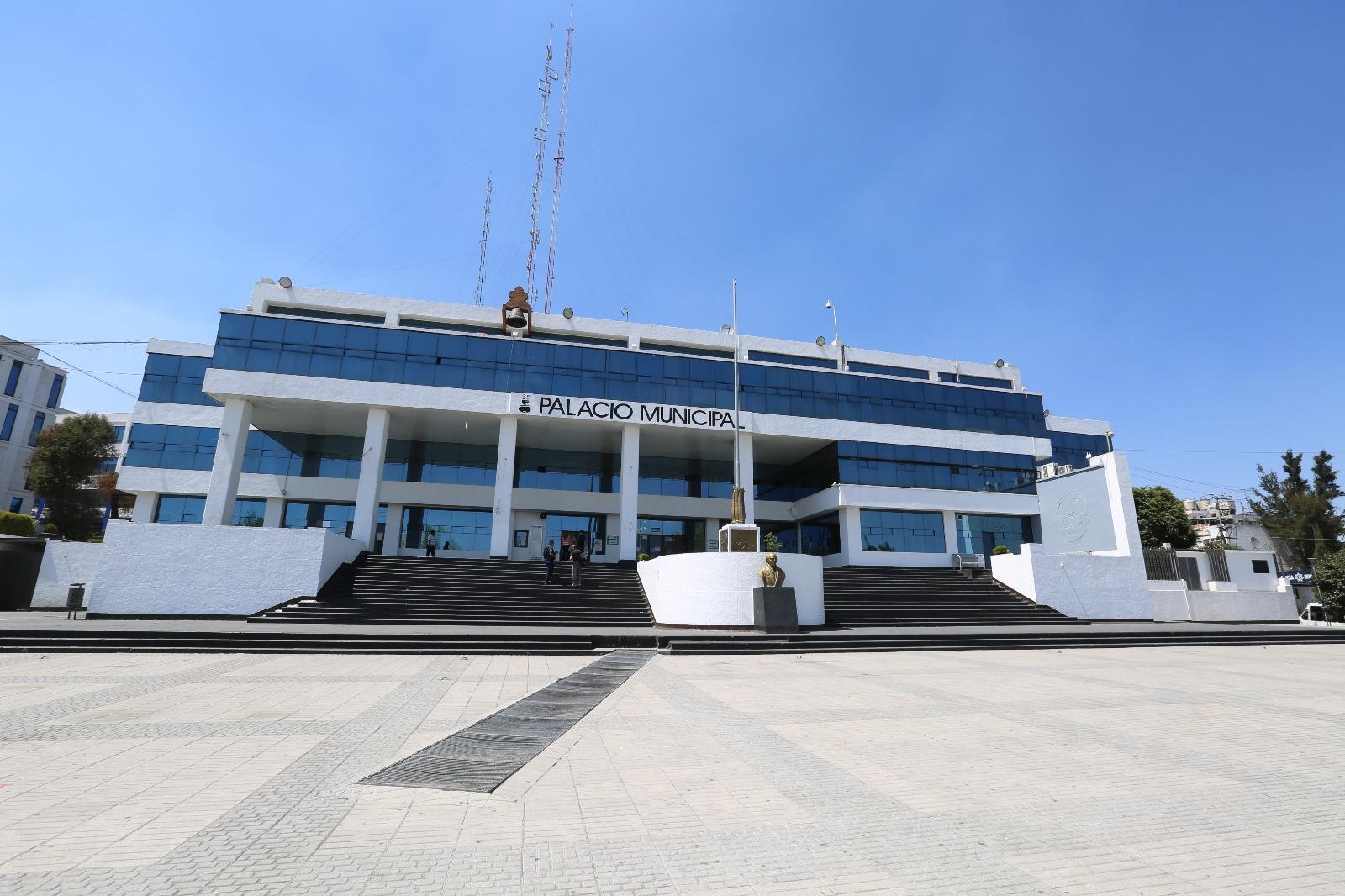 Retrasan pago de nómina a funcionarios en Naucalpan