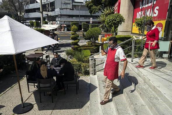 Retrocede tasa de desempleo a 4.35% en diciembre