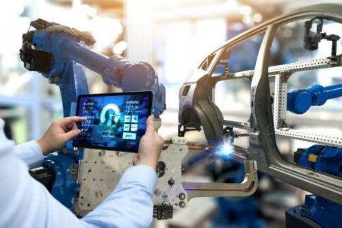 ¿Robots vs. hombre en la cancha laboral? Mitos y realidades