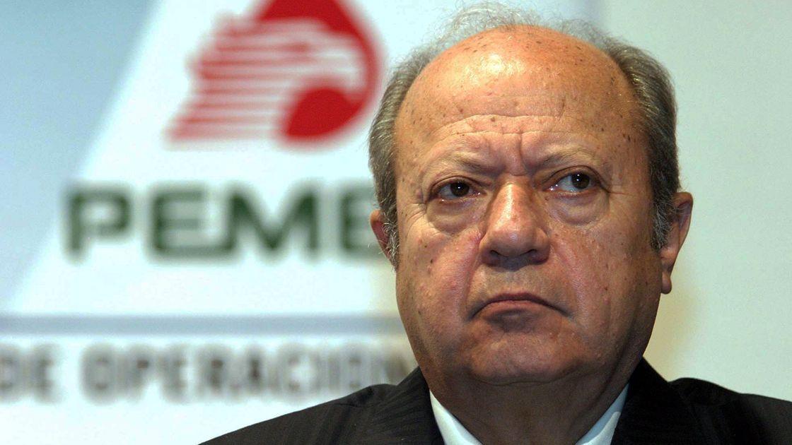 Romero Deschamps gana la partida a López Obrador