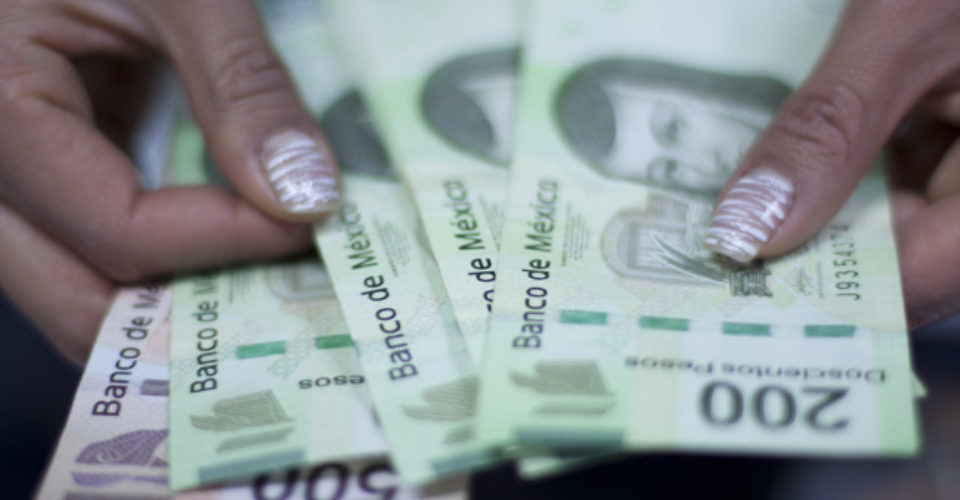 Salario mínimo ideal, 353 pesos diarios: Ibero