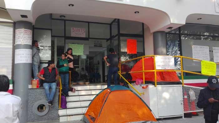 Salud de Oaxaca despide a 3,200 empleados