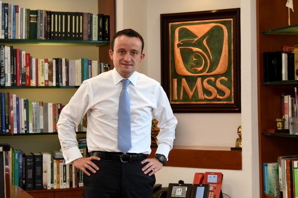 """""""Salvamos al IMSS de la quiebra"""""""