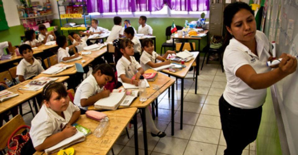"""Se acabó la asignación de plazas de maestros por """"compadrazgos"""""""