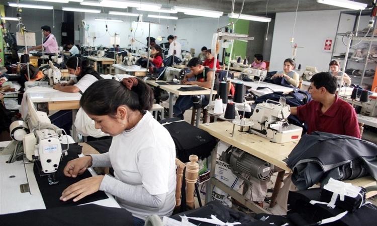Se avanza en nueva meta de empleo formal en el país