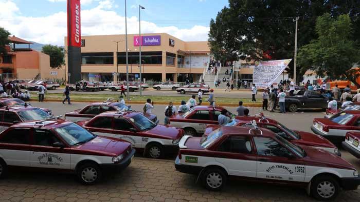 Se enfrentan Sindicatos en Oaxaca