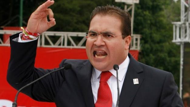Se levantan trabajadoras contra Duarte