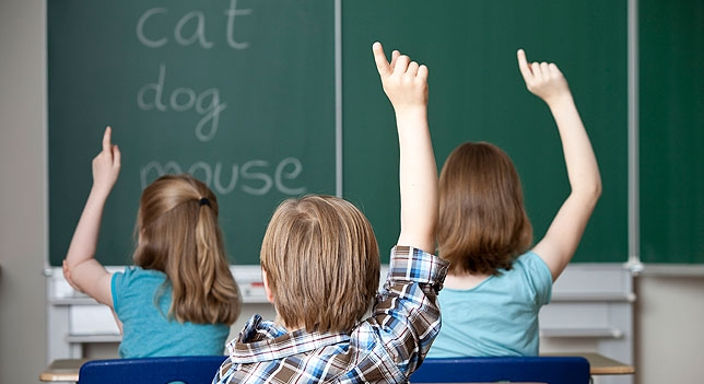 Se pelean maestros 645 plazas de inglés