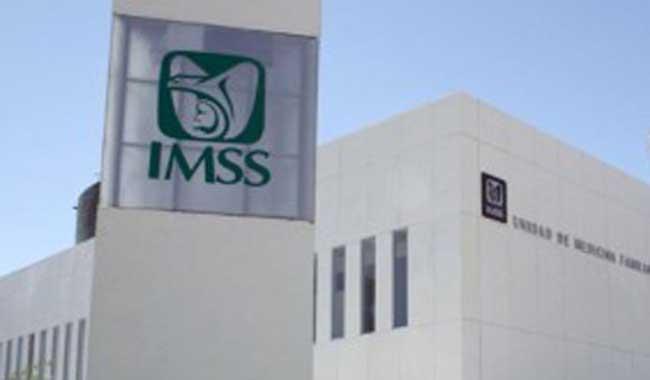 Se reducen quejas en el IMSS