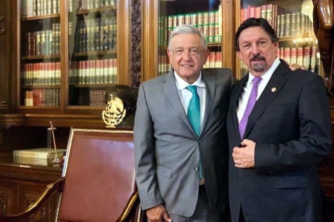 Se reúne Napo con AMLO en Palacio
