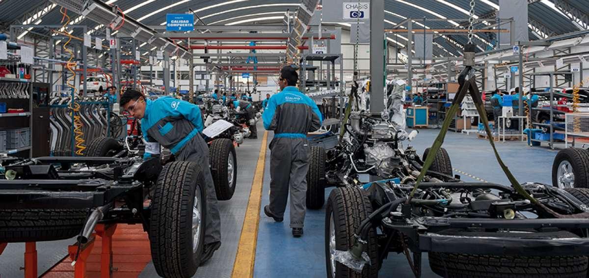 Sector automotor a la cabeza con un incremento del 8% en empleos