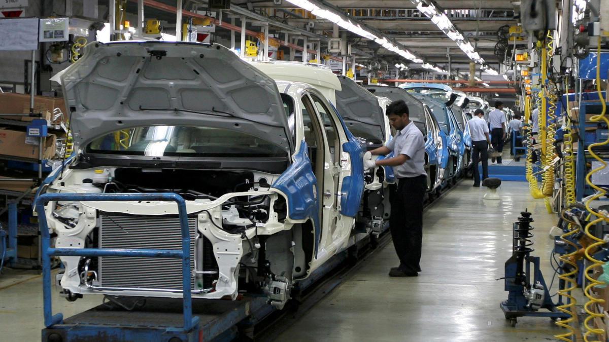 Sector automotriz genera 5.3% nuevos empleos