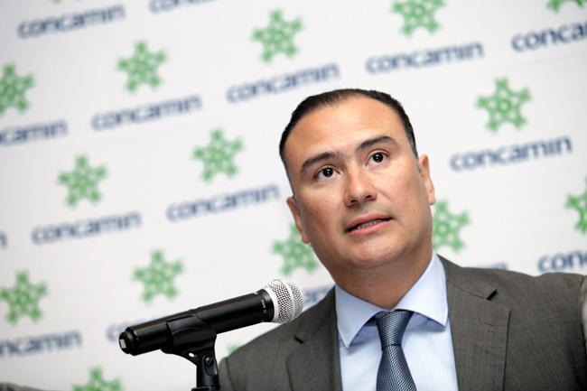 Sector privado instala centros de acopio en apoyo a damnificados