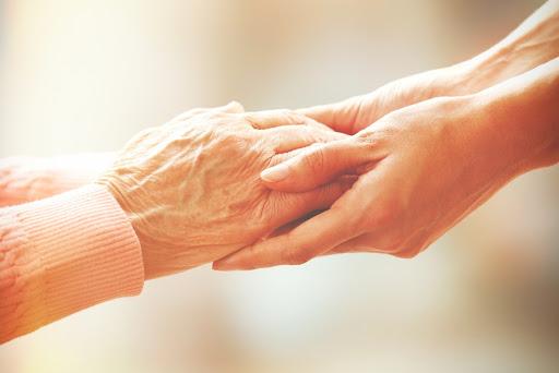 Senado acuerda que sus trabajadores mayores se vayan a casa
