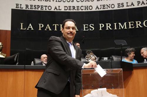 Senadores del PAN buscarán exentar el pago de ISR en sueldos