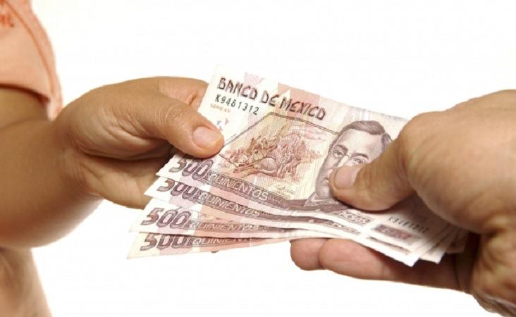 Simulan salario bajo para menos impuesto