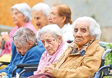 Sin pensión 71.4% de los mayores de 65 años