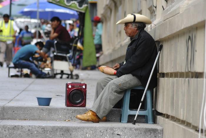 Sin pensión alimentaria 150 mil adultos mayores en CDMX