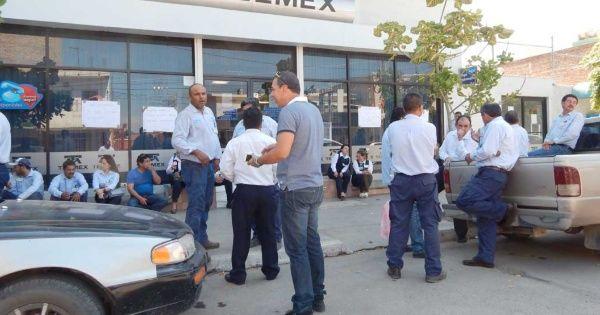 Sindicato pide inclusión en plan de división de Telmex