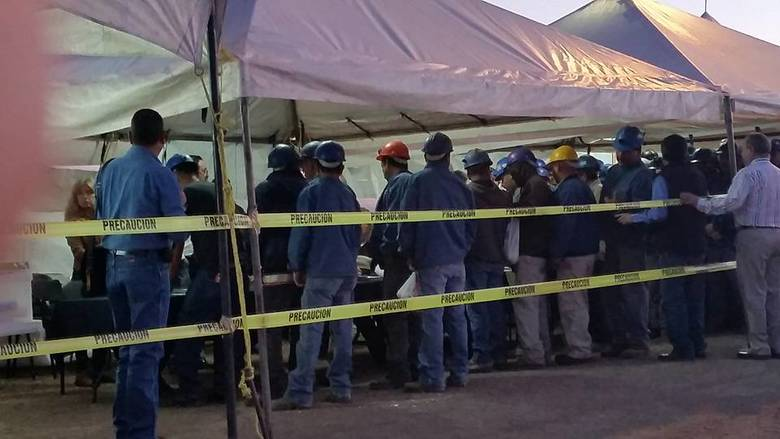 Sindicatos Mineros disputan el contrato colectivo de AHMSA