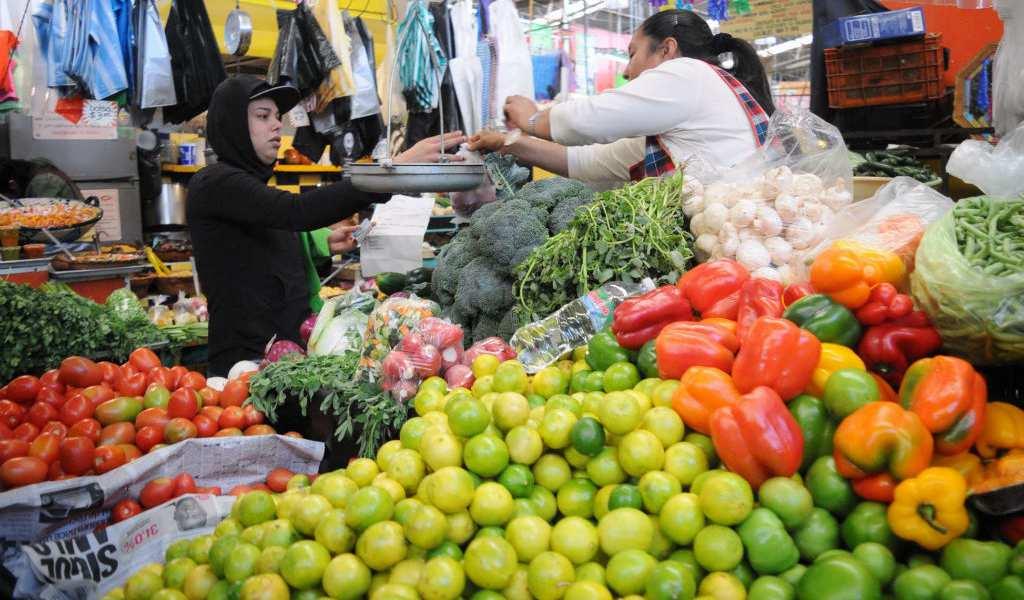 Sobrevivir con 50 pesos diarios en la Ciudad de México