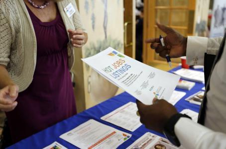 Suben pedidos de ayuda por desempleo
