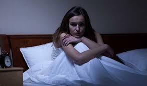 Superan mujeres trastornos del sueño