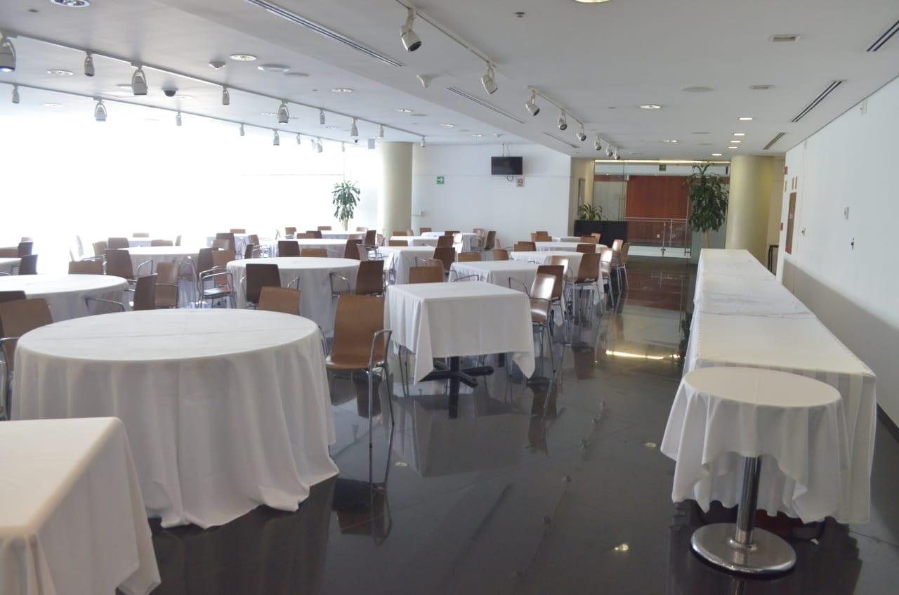 Suspenden labores en restaurantes del Senado