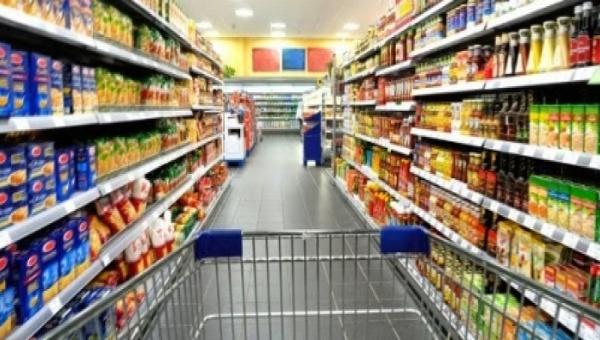 Temen mexicanos inflación con alza en salario mínimo